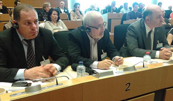 Armenian Parliament representative Vahan Hovannesian addresses the conference