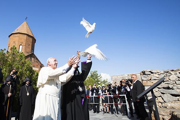 Pope Final Day - Doves -Khor-Virap-5-1